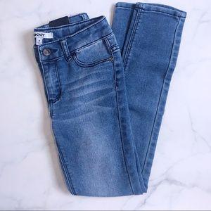 DKNY girl jeans size 8 blue denim black tag